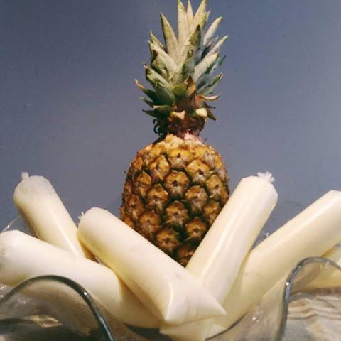 Geladinho gourmet de abacaxi