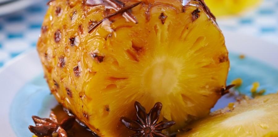 Abacaxi assado no Forno: Receita fácil e saborosa!