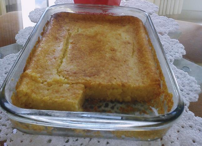 Bolo de Aipim cozido da Vovó (Receita simples e deliciosa)