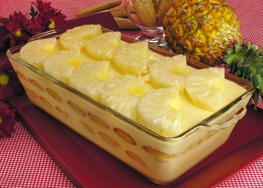 Cascata de Abacaxi: Sobremesa prática e deliciosa!