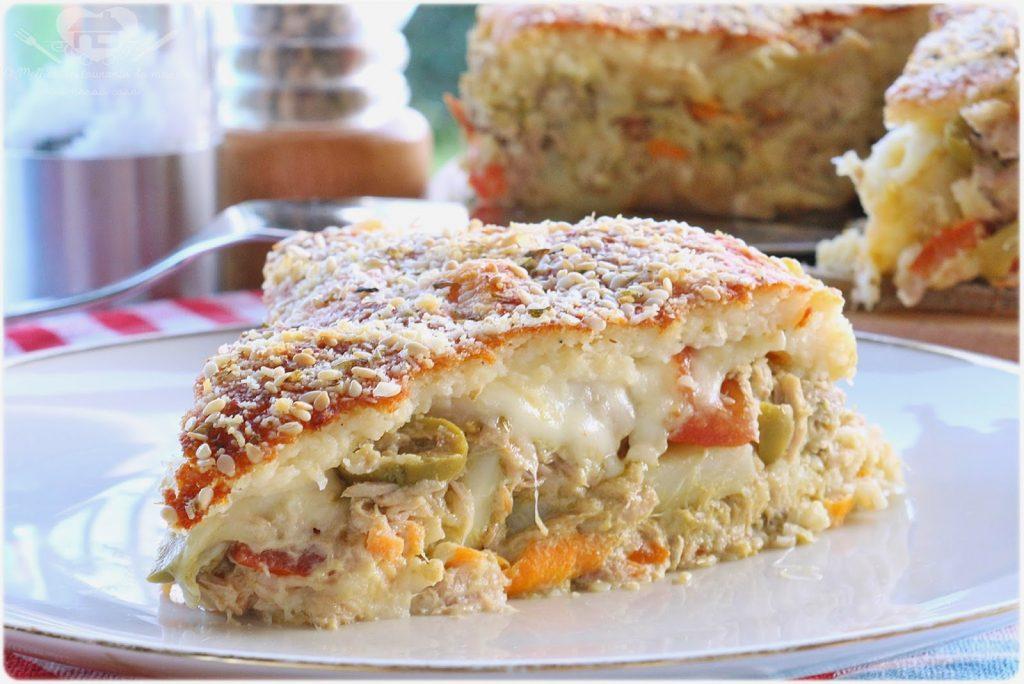 Torta salgada com sobras de arroz (Receita prática e deliciosa)