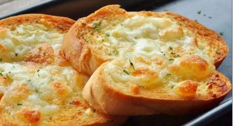 Pão de Alho com queijo (Receita maravilhosa)