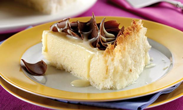 Torta de Leite Condensado com Coco (Sobremesa prática e saborosa)