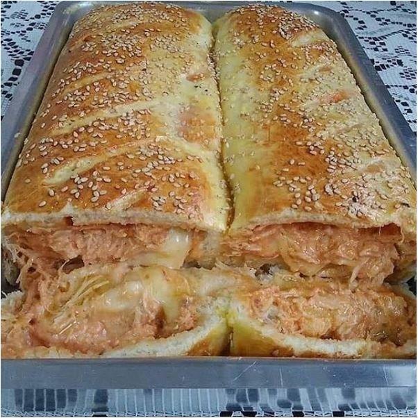 Pão Recheado com Frango e Requeijão (Receita maravilhosa)