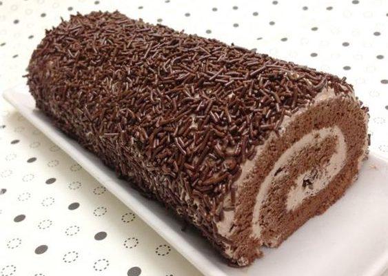 Rocambole de Chocolate fácil (Receita maravilhosa)