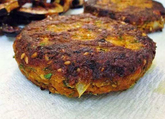 Hambúrguer de Berinjela de Forno e sem Glúten (Receita maravilhosa)