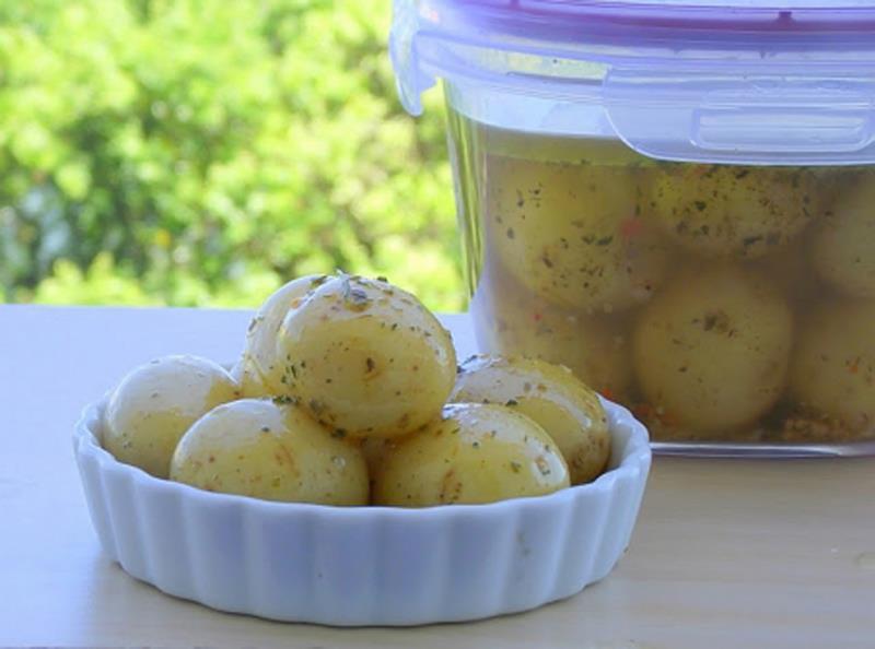 Batatas Bolinhas em Conserva: Receita simples e deliciosa!