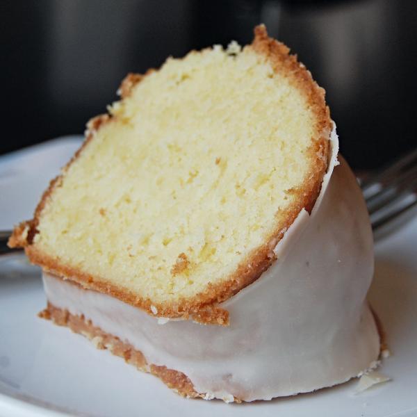 Bolo de leite em pó fofinho (Receita maravilhosa)