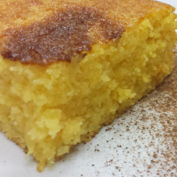 Bolo de milho cremoso com milharina: Receita simples e saborosa!