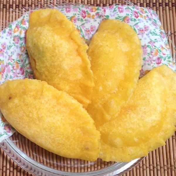 Pastel de farinha de milho: Receita simples e deliciosa!