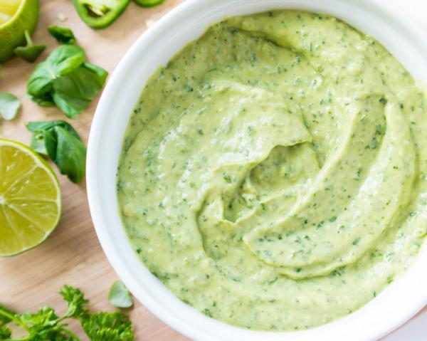 Molho verde para churrasco: Receita simples e deliciosa!