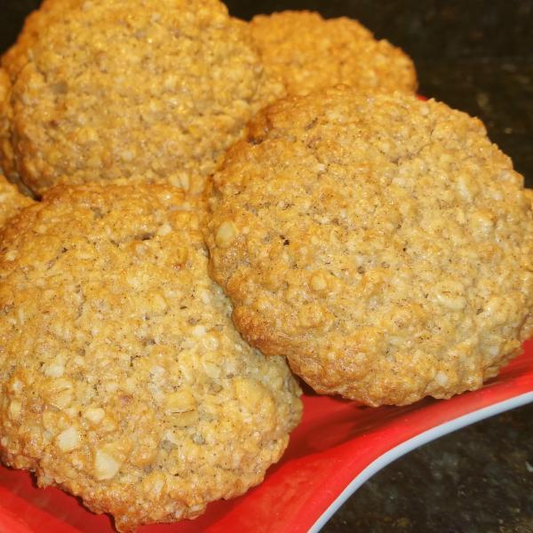 Biscoitos de Aveia simples: Opção para acompanhar o Café!