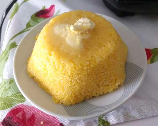 Cuscuz nordestino no microondas: Receita fácil e deliciosa!