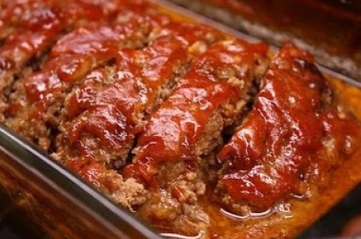 Bolo de carne Moída: Sugestão de receita pra servir na refeição!