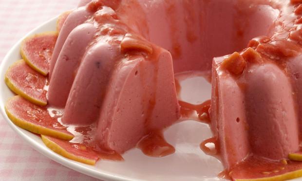 Pudim de Goiaba com Calda: Sobremesa maravilhosa!