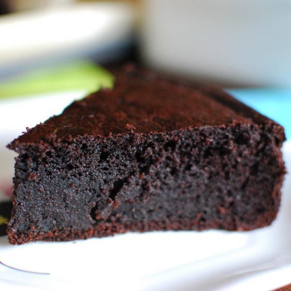 Bolo de Chocolate úmido sem farinha de trigo (Receita maravilhosa)