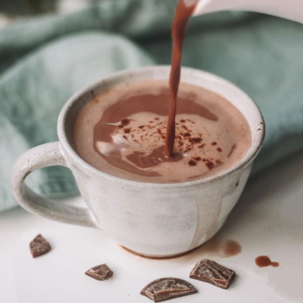 Chocolate quente cremoso com Chocolate em barra: Receita maravilhosa!
