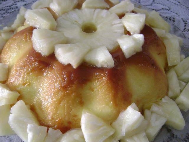 Flan de Abacaxi refrescante: Sobremesa prática e saborosa!